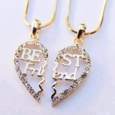 There is 1 tip to buy jewels, bff. Bff Necklaces, Best Friend Necklaces, Best Friend Jewelry, Bff Gifts, Best Friend Gifts, Gifts For Friends, Fake Friends, Couple Gifts, Best Friend Outfits
