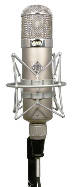 Telefunken arguably the best studio microphone ever made! First released almost 70 years ago, and still an absolute top choice today! Studio Equipment, Studio Gear, Beatles, Recording Studio Design, Recording Equipment, Audio Sound, Record Players, Vintage Microphone, Audiophile