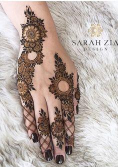 Mehndi Designs: Simple And Easy Henna Henna Hand Designs, Dulhan Mehndi Designs, Mehndi Designs Finger, Khafif Mehndi Design, Modern Henna Designs, Henna Tattoo Designs Simple, Latest Bridal Mehndi Designs, Full Hand Mehndi Designs, Mehndi Designs Book