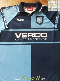Relive Wycombe Wanderers' 1999/2000 season with this original Avec home football shirt.