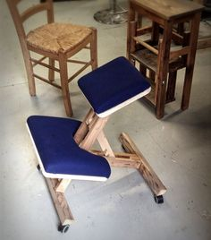 A kneeling chair is what you need if you have to pass a lot of time in your office.Unfortunately this type of chairs is quite expensive and not very common. This is...