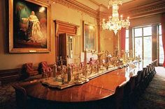 The dining room at Apsley House and its priceless Portuguese silver centerpiece