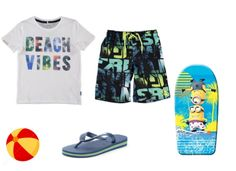 Look playa niño. En nuestro blog te proponemos diferentes looks infantiles para cada destino de vacaciones. #ModaInfantil #vacaciones