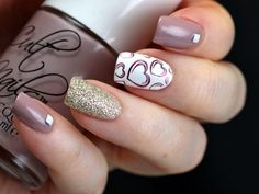 Plum gray and white nail art design. A very cute nail art design with silver glitter and heart details in plum nail polish painted on top of a white nail polish background. Fancy Nails, Cute Nails, My Nails, Nails 2017, Sparkle Nails, Gold Sparkle, Glitter Nails, Stylish Nails, Trendy Nails
