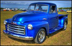 1952 GMC Pickup My personal favorite Classic Pickup Trucks, Old Pickup Trucks, Gm Trucks, Cool Trucks, Gmc Pickup, 72 Chevy Truck, Chevy Pickups, Chevy 3100, Truck Paint