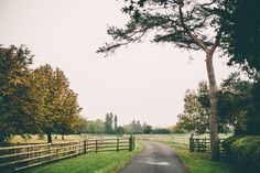 The pretty drive to the #wedding barn. https://twitter.com/mythebarnwed