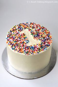 i heart baking!: rainbow sprinkle first birthday smash cake