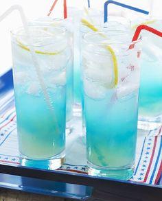 Cocktail blue point vodka curaçao pour 1 personne - Recettes Elle à TableIngrédients      3 cl de vodka 1 cl d'anisette       1 cl de curaçao bleu 2 cl de jus de citron                                                                                                                                                                                 Plus