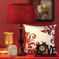 Build excitement in your living room with details that make a difference like colorful pillows