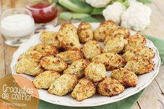 Cauliflower Pin now translate later. Croquetas de coliflor al horno Cauliflower Recipes, Vegetable Recipes, Vegetarian Recipes, Healthy Recipes, I Love Food, Good Food, Yummy Food, Real Food Recipes, Cooking Recipes