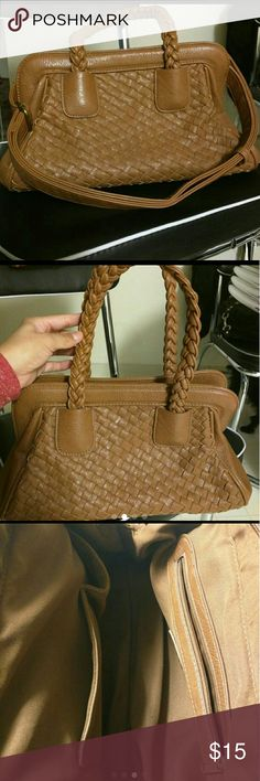Forever 21 purse Brown braided purse. Can be used with adjustable strap or with handles. Two slots and pocket with zipper to store things inside. Perfect condition, barely used. Very clean Forever 21 Bags Shoulder Bags