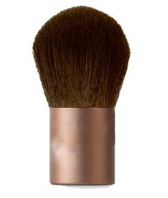 Repin if you own a kabuki brush. And if you don't, go buy one for a flawless face!