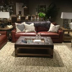 Luxe Leather Craftmaster Furniture
