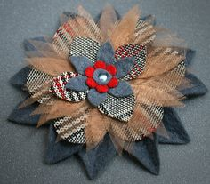 Plaid, organza and felt brooch by Fix design, via Flickr