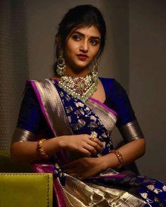 Indian Bridal Outfits, Indian Bridal Fashion, Bridal Silk Saree, Saree Wedding, Saree Draping Styles, Sari Design, Simple Sarees, Saree Models, Stylish Sarees