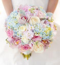 Mango Red Photography | Todd Oshiro of Always Flowers | via Bride & Breakfast|Watercolor Wedding Inspiration| Pocketful of Sunshine Event Design | Columbia, SC