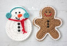 Crochet Snowman - Repeat Crafter MeI got an e-mail from a reader asking if I could make a Crochet Snowman the same size as my Crochet Gingerbread so they could alternate them on some holiday garland. I thought this was a fabulous idea! So I updated Crochet Christmas Decorations, Crochet Decoration, Christmas Crochet Patterns, Holiday Crochet, Crochet Home, Crochet Gifts, Christmas Crafts, Christmas Snowman, Snowman Crafts