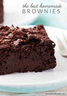 Easiest Homemade Brownies Recipe is part of Brownies recipe homemade - This EASY homemade brownie recipe is the best I've ever made! These fudgy homemade brownies made from scratch are delicious and easy to make! Just Desserts, Delicious Desserts, Yummy Food, Cookie Recipes, Dessert Recipes, Cupcake Recipes, Pie Recipes, Baking Recipes, Best Brownie Recipe