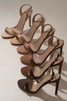 Classy Aesthetic, Aesthetic Shoes, Brown Aesthetic, Cream Aesthetic, Aesthetic Girl, Dr Shoes, Me Too Shoes, Shoes Heels, Pretty Shoes