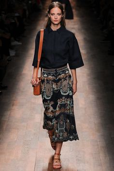 Valentino Spring 2015 Ready-to-Wear Fashion Show - Ine Neefs (Elite)
