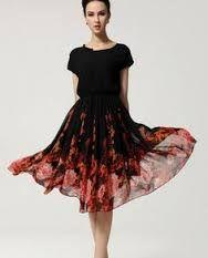 Resultado de imagem para modelos de vestidos longos com tecidos indianos