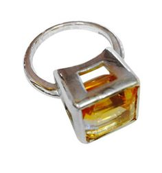 Citrine and silver ring using CAD