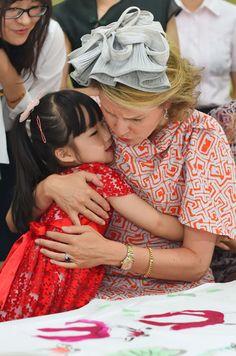 Queen Mathilde of Belgium visits of number 3 Kindergarten of Hubei provincial administrative organs in Wuhan on June 22, 2015.
