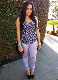 Casual purple floral outfit