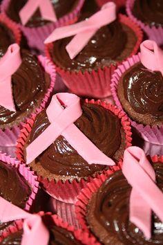 Lyserød-Lørdag-cupcakes