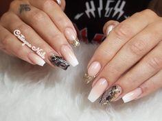 #caterynanails #malaga #nails #thuya #style #fancynails #dibujoamanoalzada #thuya #instagramnails #esmaltepermanentes #glitter #notips #acrilicnails #nails #nailspermanentes #nailsalon #nailstylist #nailstudio #nailshop #babyboomer
