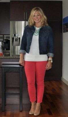 41 Unboring Spring Work Outfits for Women Over Spring Outfits, Unboring Spring Work Outfits For Women Over 40 Fashion Mode, Work Fashion, Curvy Fashion, Plus Size Fashion, Fashion Outfits, Womens Fashion, Fashion Scarves, Fashion Over 40, 1950s Fashion