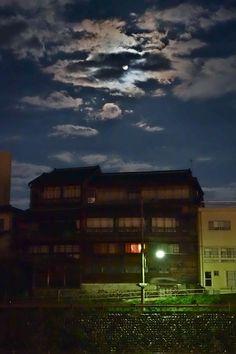 金澤コンシェルジュ通信: Blue moon逍遥 山錦樓
