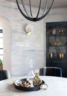 Dining Room Wall Finish with Modern Masters Metallic Plaster by artist Caroline Lizarraga Metallic Wallpaper, Wall Wallpaper, Metallic Paint, Cosy Decor, Masculine Room, Circa Lighting, Luxury Dining Room, Modern Masters, Plaster Walls