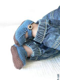 machine knitted passap merino wool baby booties