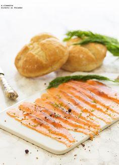 Selección de 13 recetas de pescados y mariscos perfectos para chuparse los dedos en Navidad. Ideas de recetas de pescado para preparar durante las fiestas