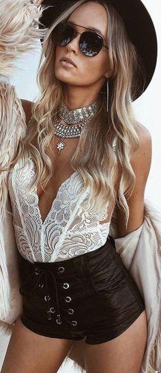 Boho chic look gypsy vibe outfit ideas women's fashion bohemian