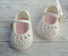 Baby booties mary jane crochet shoes ivory and by Ohprettypretty