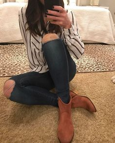 Happy Monday... sorry I'm just getting around to posting my #ootd but if you want the truth... I just now showered for the day But I couldn't pass up the chance to show you this darling new blouse or these rust booties Better late than never, right?!?! ;)