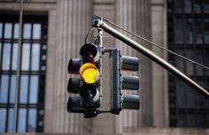 Luce gialla al semaforo, quanto deve durare???