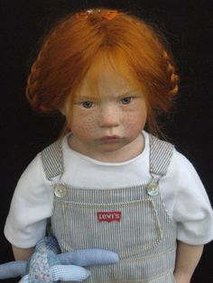 A beautiful doll! Can't believe she's not real!