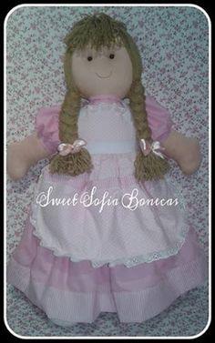 SWEET SOFIA: Boneca porta fraldas e decorativa pra berço