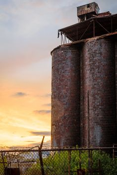 Silo Sunset by kieranh #architecture #building #architexture #city #buildings #skyscraper #urban #design #minimal #cities #town #street #art #arts #architecturelovers #abstract #photooftheday #amazing #picoftheday