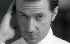 aniorro: Richard Armitage for Esquire UK (x) at Thorin-richard-armitage Photoshoot Video, Photoshoot Images, Richard Armitage, Esquire Uk, John Thornton, Uk Magazines, Gray Eyes, Ares, Black White Photos