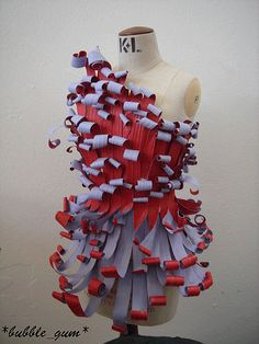 Course >> Design for preformance: Paper costume by SquigleyDidley, via Flickr