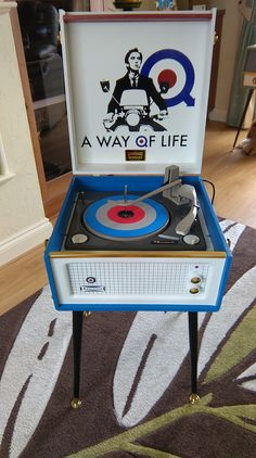 A way of life - Record Player Stand, Record Players, Vinyl Record Shelf, Vinyl Records, Turntable Setup, Old Music, Music Music, A Way Of Life, Vintage Records