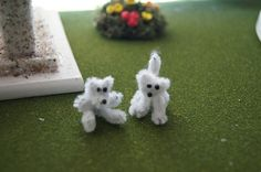 Miniature pipe cleaner teddy bear and puppy. Not sure if I will use them in my fairy garden. Idea come from somersethouseaproject.  http://pinterest.com/msignorelli101/boards/