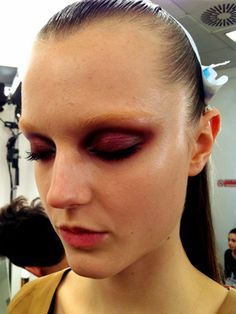 Behind the scenes with Pat McGrath at Milan fashion week: the smoky, shimmery burgundy eyes at Gucci
