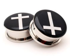 Surgical Steel Screw Fit Flesh Tunnel w// Black Celtic Cross on Mirror Polished 5//8GA Sold Individually