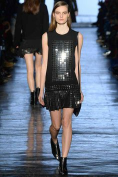 Diesel Black Gold Fall 2014 Ready-to-Wear Collection - Vogue Maxis, 2014 Fashion Trends, Catwalk Collection, Vogue, Good Looking Women, Fashion Show, Fashion Design, Women's Fashion, Latest Fashion Clothes