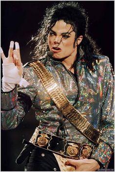 Michael Jackson - The King of Pop in Dangerous tour